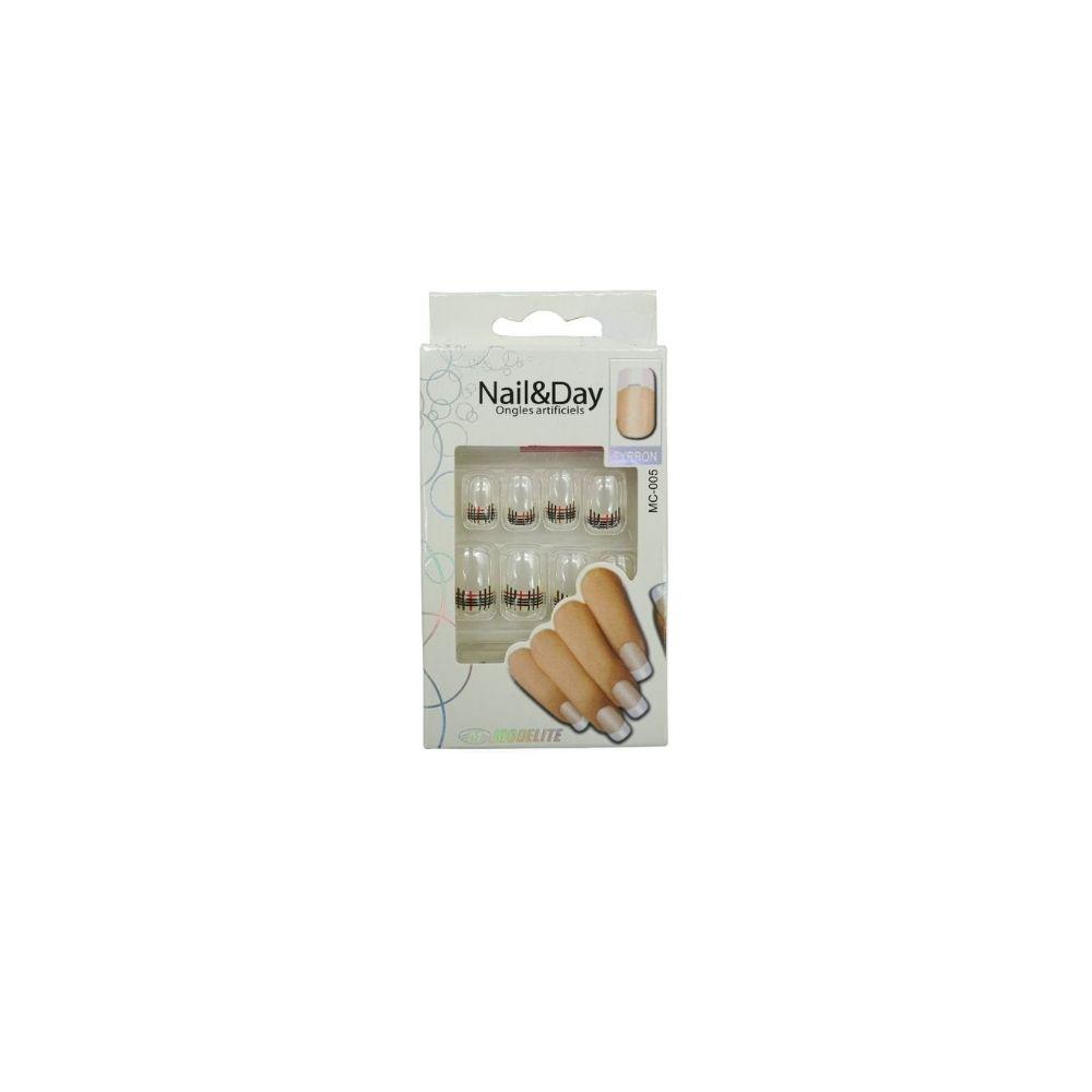 nails-4-1000